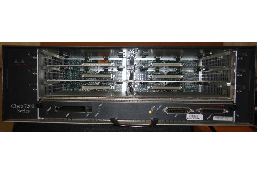 Cisco CISCO 7206/NPE-200 Router w/ Chassis